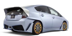 Toyota-Prius-CA-Custom-Concept-2010-Photo-015